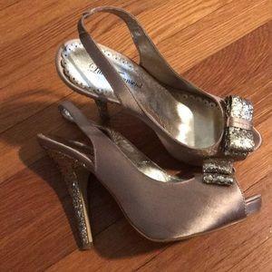 Lulu Townsend Gold Formal Heel